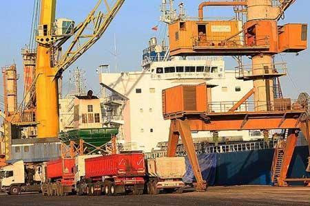 4 میلیون تن کالای اساسی در بنادر تجاری کشور